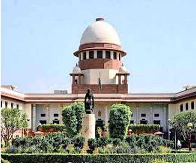 Maharashtra govt formation live updates: Supreme Court to pass order on Maharashtra at 10.30am on Tuesday