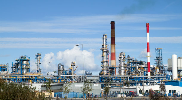 Indian refineries scale back output as virus chokes demand