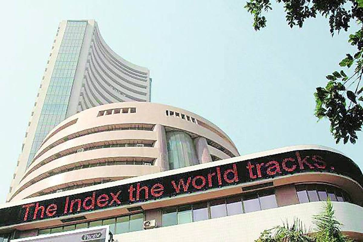 Sensex, Nifty gain as HDFC Bank earnings boost financials`