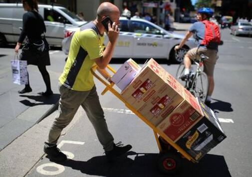 Australian wage growth lowest ever in second quarter as pandemic rages on