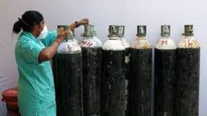 Oxygen shortage in India sparks demand for $1,000 concentrator machines